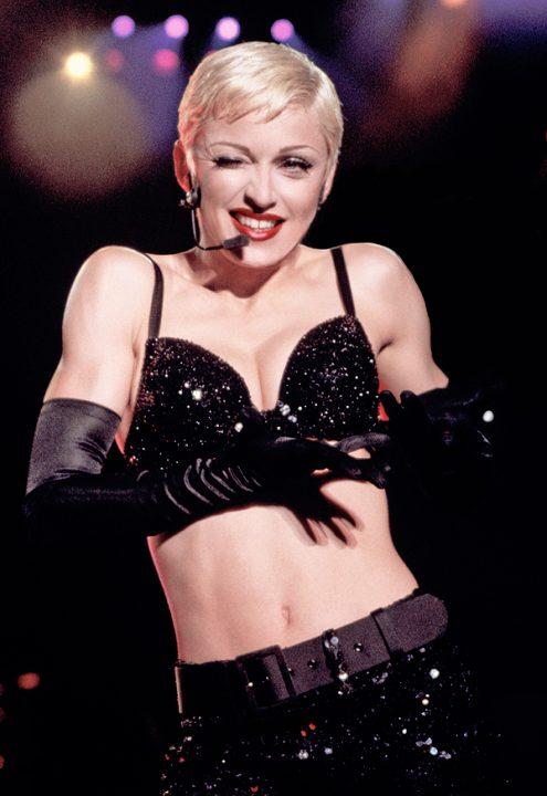 4 THE GIRLIE SHOW 1993 - Мадонна и ее туры: самые яркие образы за 20 лет