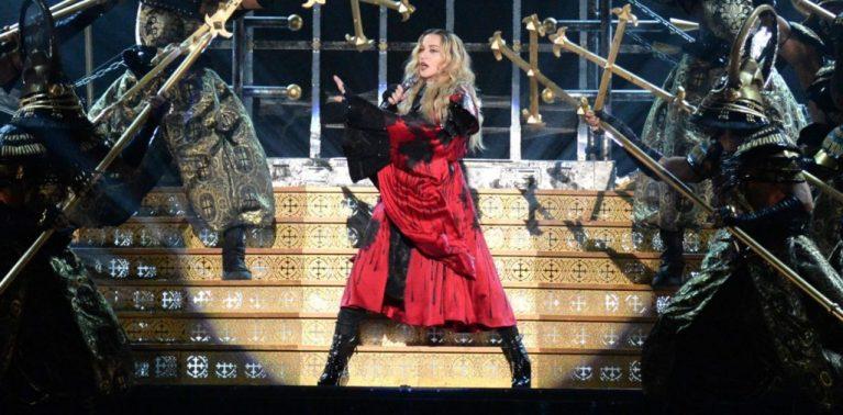 10 THE REBEL HEART 2015 2016 - Мадонна и ее туры: самые яркие образы за 20 лет