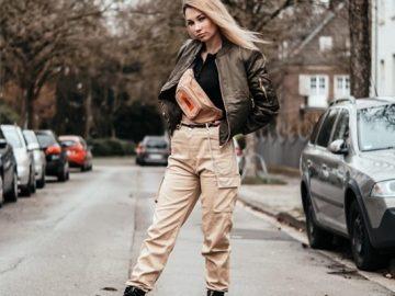Модные сочетания с брюками-карго