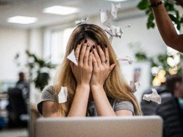 Как справиться с травлей на работе?
